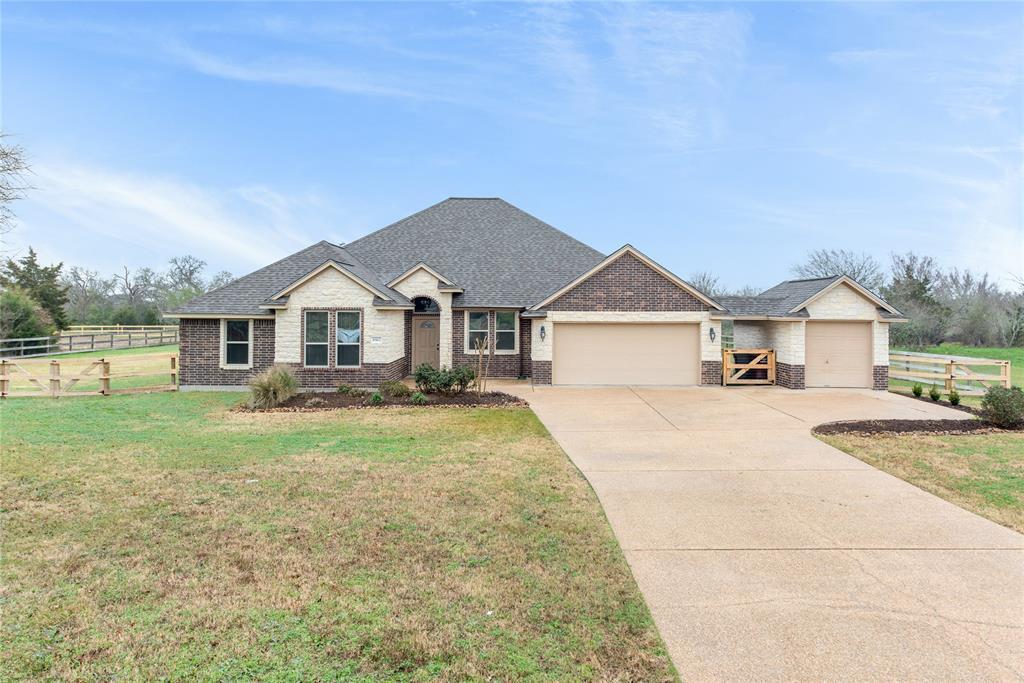 8562 Green Branch Loop Property Photo - Bryan, TX real estate listing