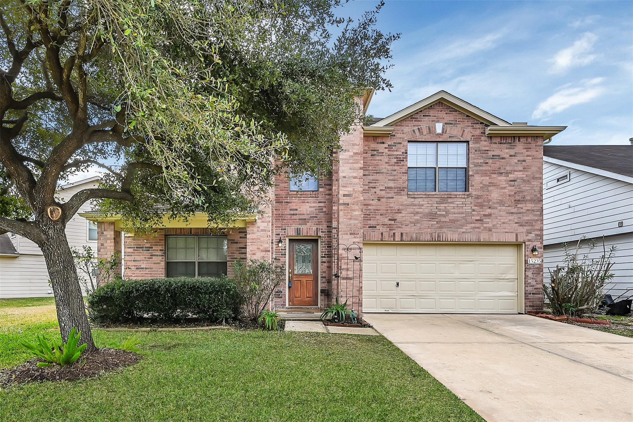15235 Hensen Creek Drive Property Photo - Houston, TX real estate listing