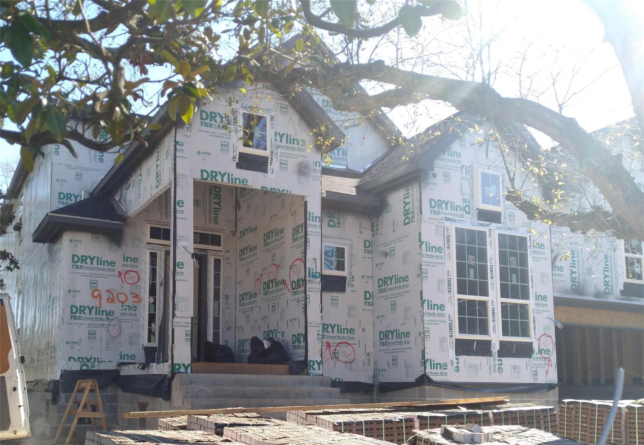 9203 Landsdowne Drive Property Photo 1