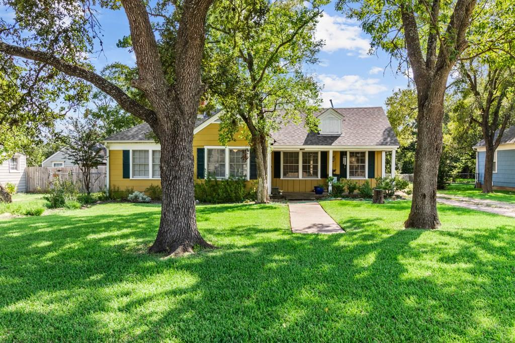 1006 Milner Drive Property Photo - College Station, TX real estate listing