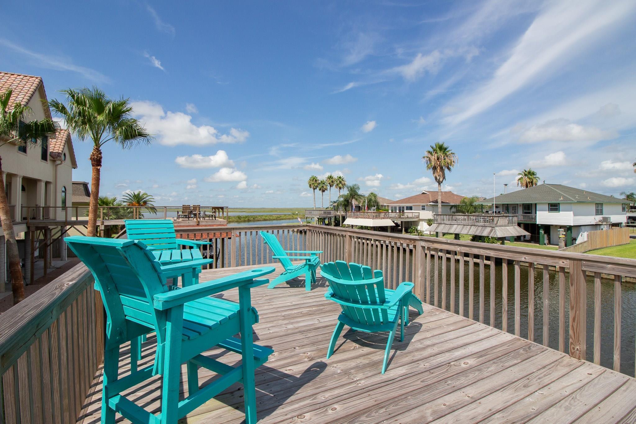 1316 Blue Heron Street Property Photo - Bayou Vista, TX real estate listing