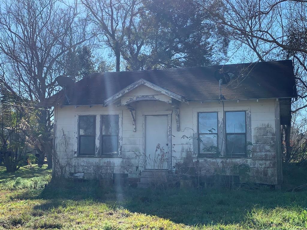320 Martin Street Property Photo - Ames, TX real estate listing