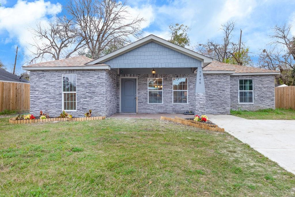 7346 Forrestal, Houston, TX 77033 - Houston, TX real estate listing