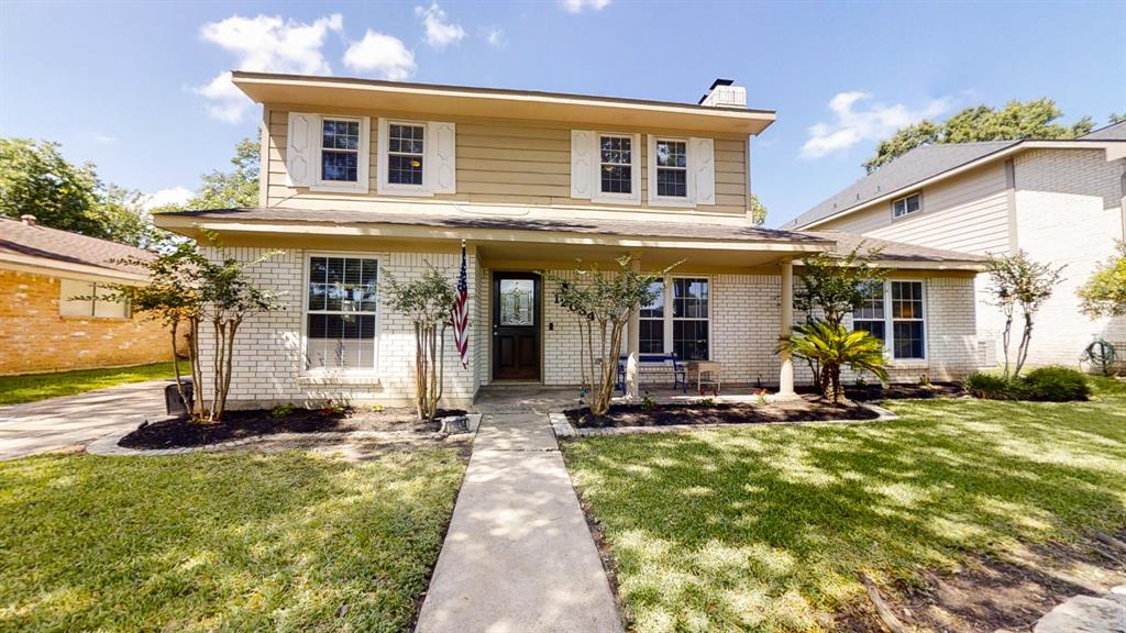 12034 Scottsdale Drive Property Photo - Meadows Place, TX real estate listing