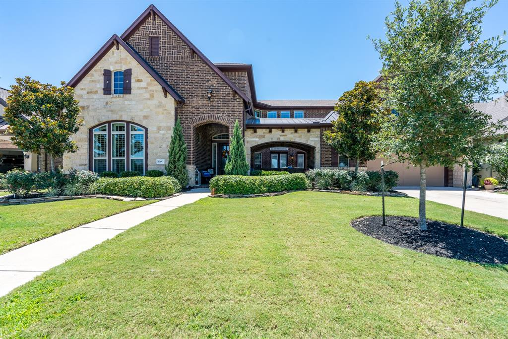 10911 Mayberry Heights Drive Property Photo - Cypress, TX real estate listing