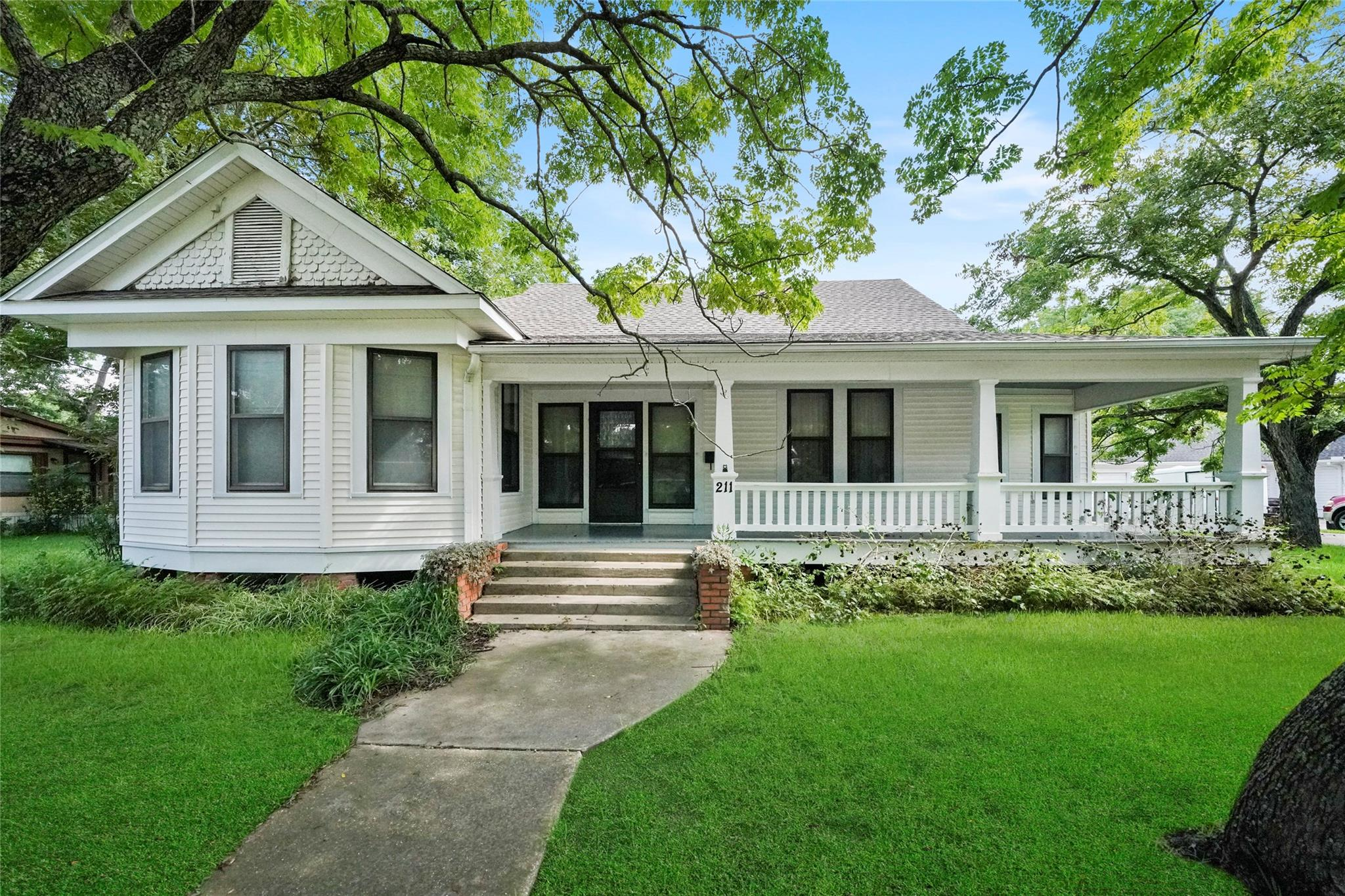211 Isaacks Road Property Photo - Humble, TX real estate listing