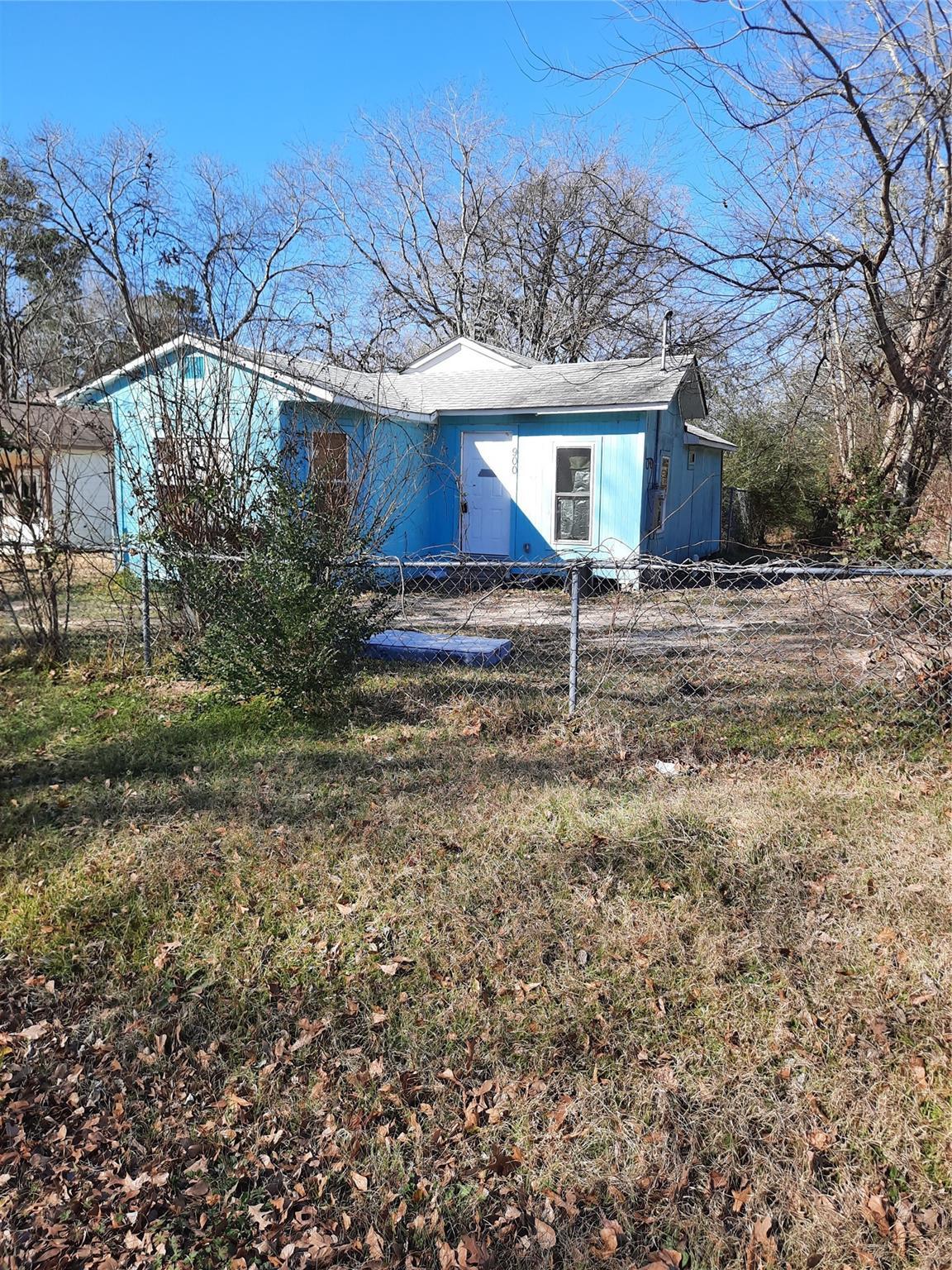 900 Hoo Hoo Avenue Property Photo - Lufkin, TX real estate listing