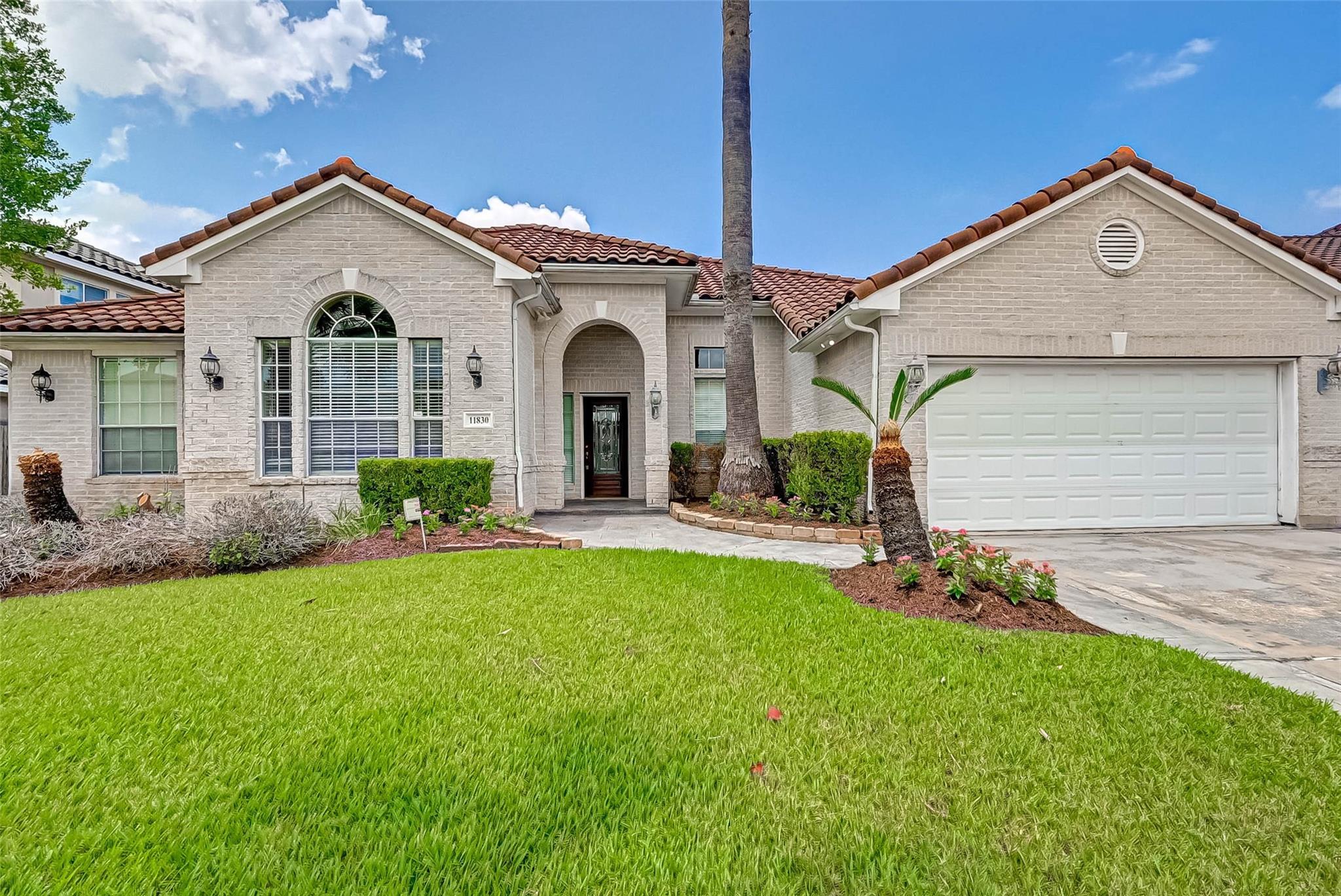 11830 Palmetto Shores Drive Property Photo