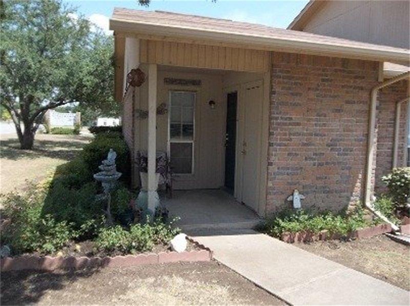 102 Rio Grande, Glen Rose, TX 76043 - Glen Rose, TX real estate listing