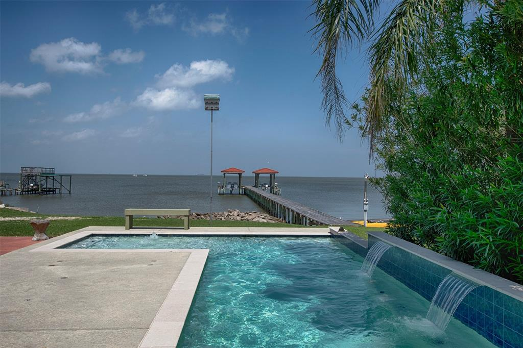 2322 Seaside Property Photo - San Leon, TX real estate listing