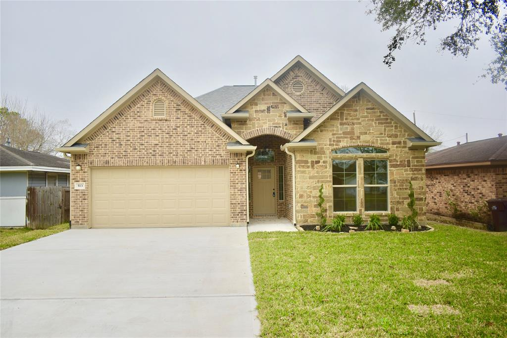 513 Avenue F Property Photo - South Houston, TX real estate listing