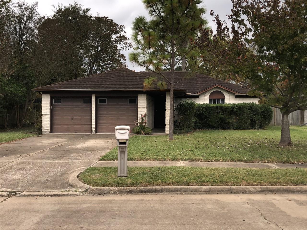 9606 Huntington Way Drive Property Photo - Houston, TX real estate listing