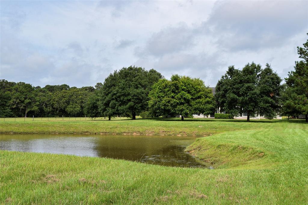 112 Camilla Circle, Bellville, TX 77418 - Bellville, TX real estate listing