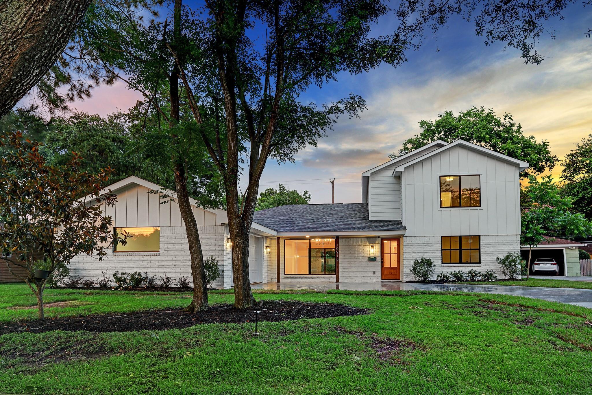 10915 Atwell Drive Property Photo 1