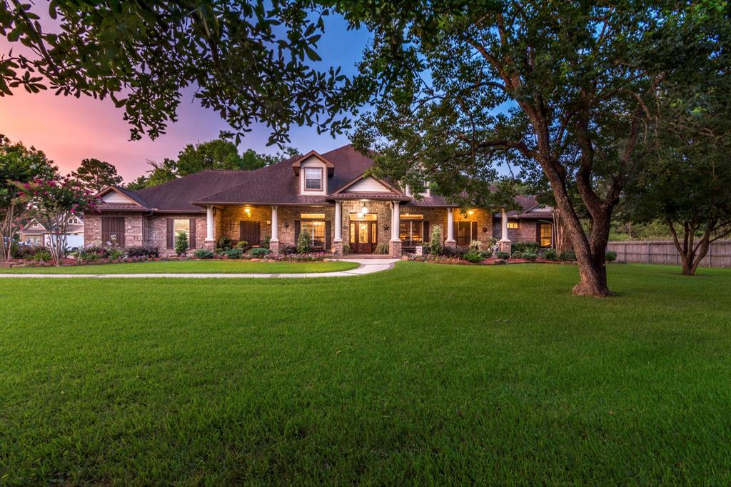 304 Camp Allen Road, Dickinson, TX 77539 - Dickinson, TX real estate listing