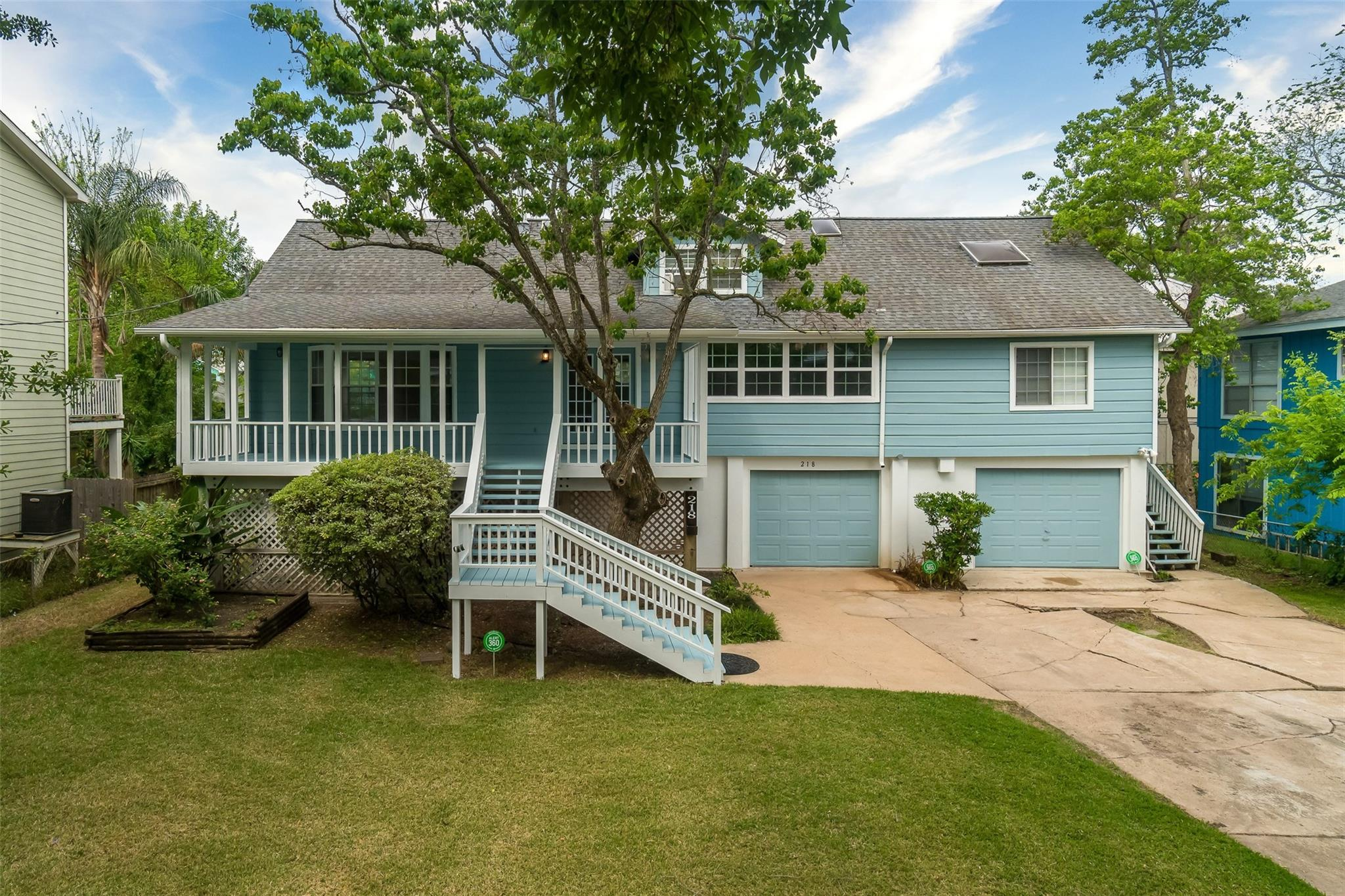 218 Oak Road Property Photo - Clear Lake Shores, TX real estate listing