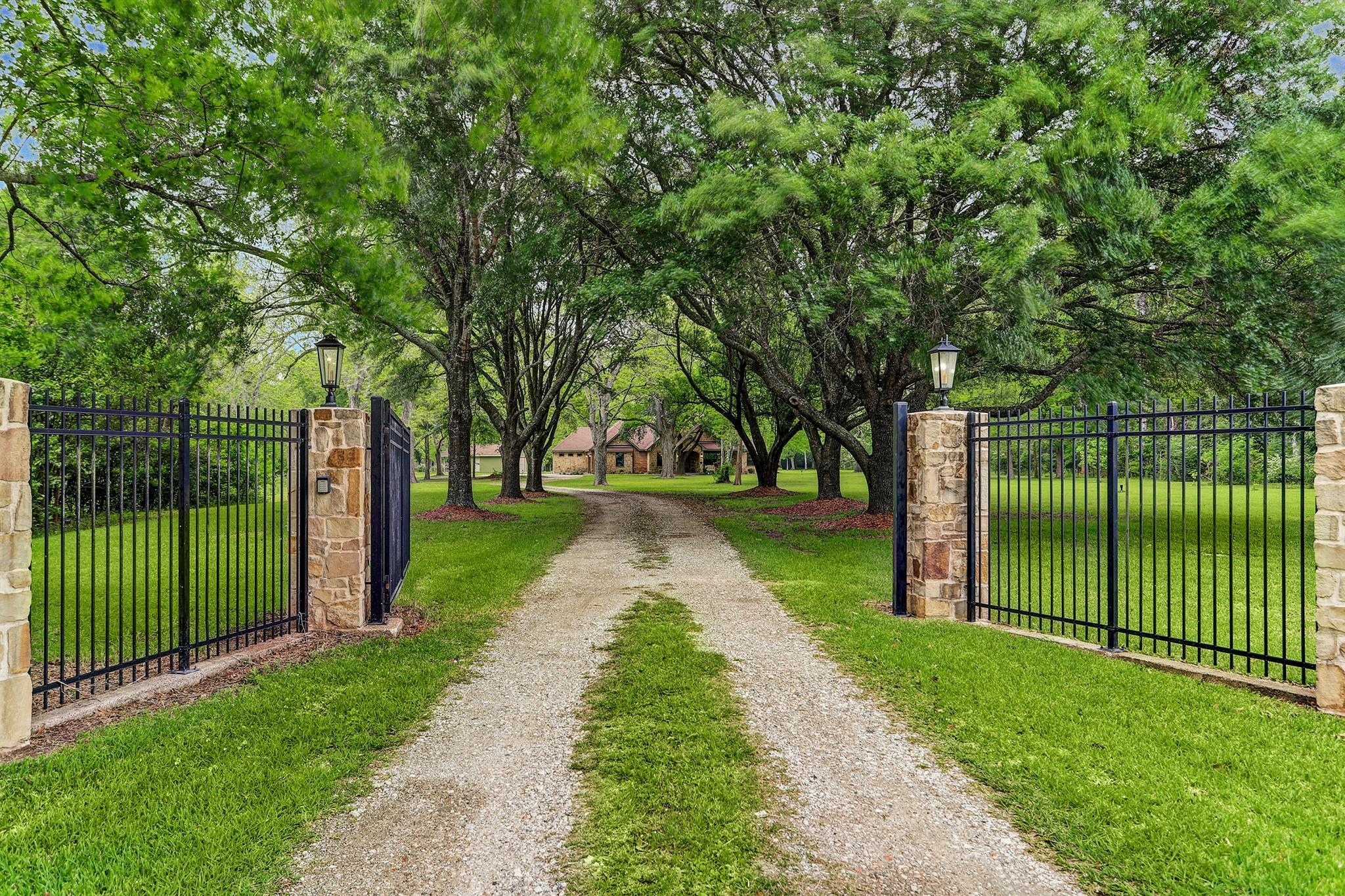 7303 N Fm 565 Road Property Photo - Cove, TX real estate listing