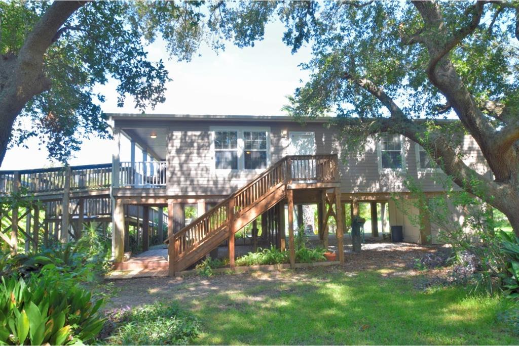 1461 Weeks Avenue, High Island, TX 77623 - High Island, TX real estate listing