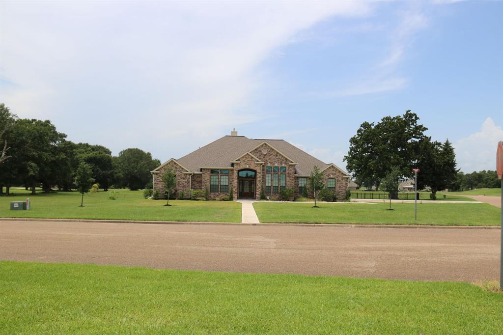 105 Hogan Lane Property Photo - Hempstead, TX real estate listing