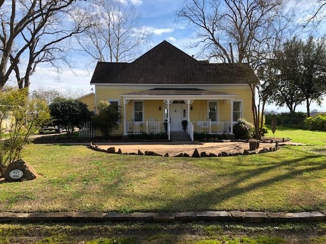 223 E Elm Street Property Photo - Wharton, TX real estate listing