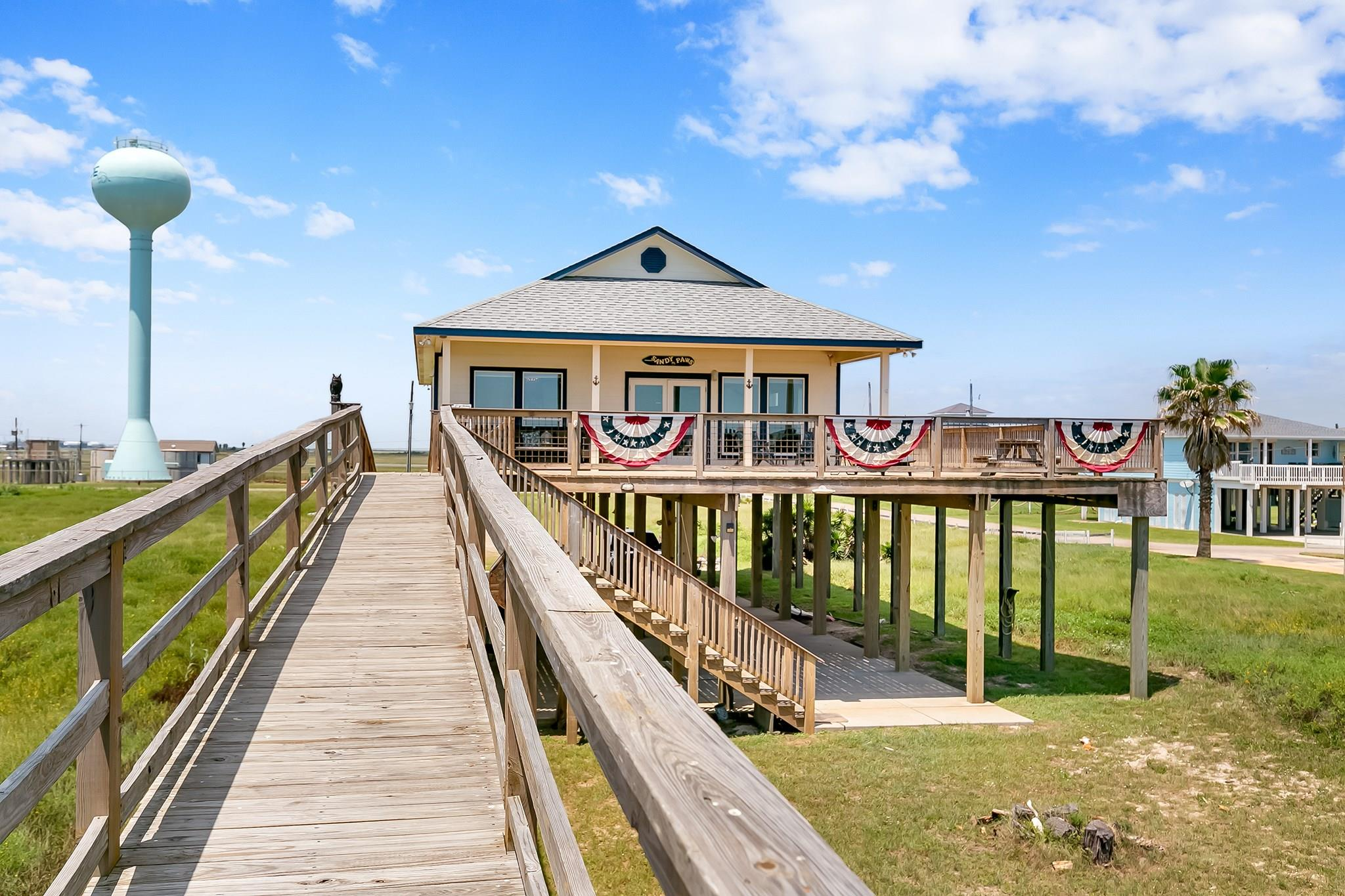 1410 Blue Water Highway Property Photo - Surfside Beach, TX real estate listing