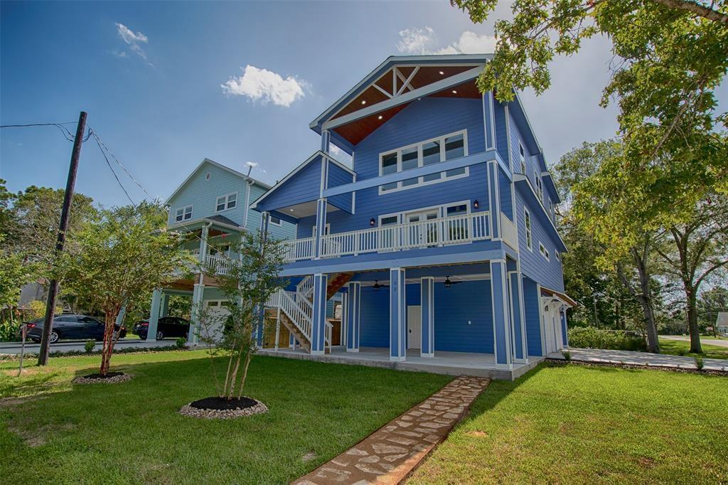 402 Clear Lake Road Property Photo - Clear Lake Shores, TX real estate listing