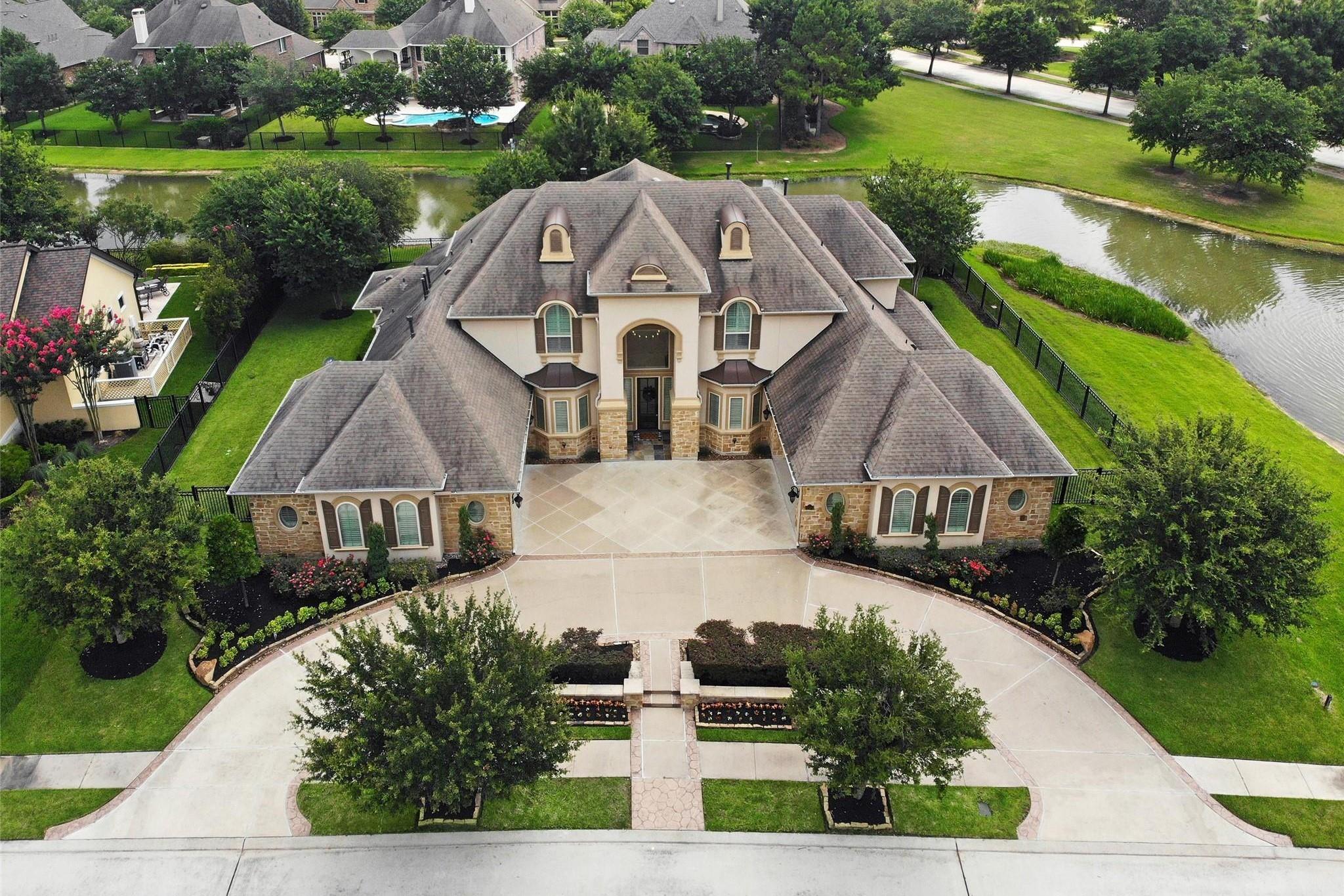 17506 E Bremonds Bend Court Property Photo 1