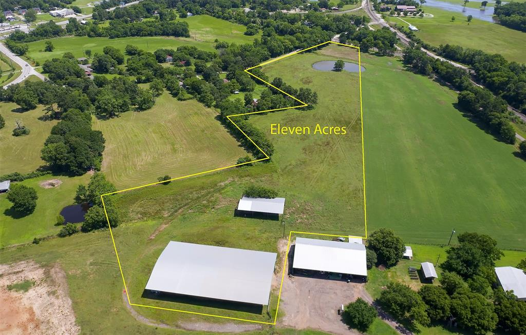 25955 Country Rd Road SE Property Photo - Dobbin, TX real estate listing