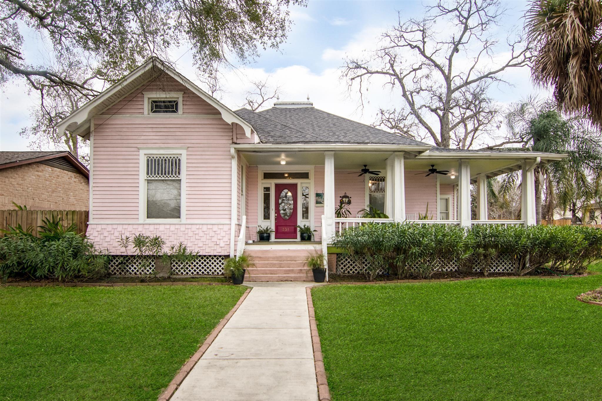231 Delmar Street Property Photo