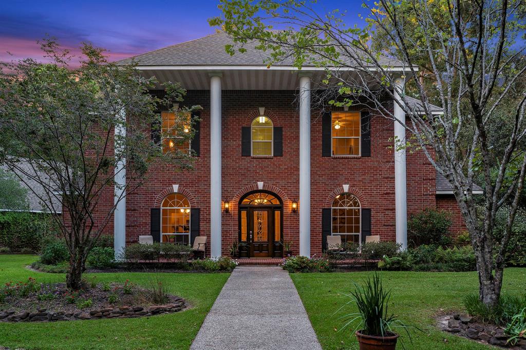 10 Los Encinos Court, Magnolia, TX 77354 - Magnolia, TX real estate listing