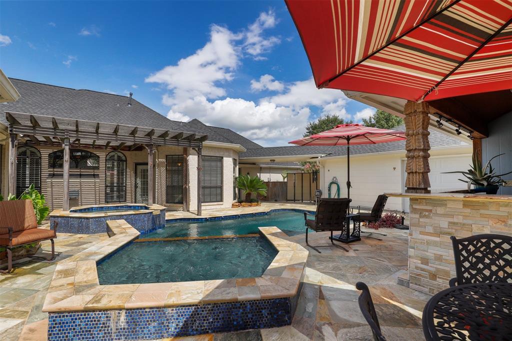 4103 Avalon Lane Property Photo - Baytown, TX real estate listing