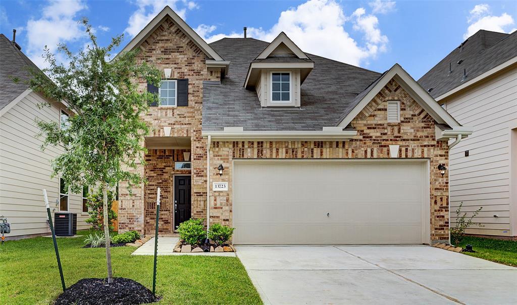 13723 Evansdale Lane Property Photo - Houston, TX real estate listing