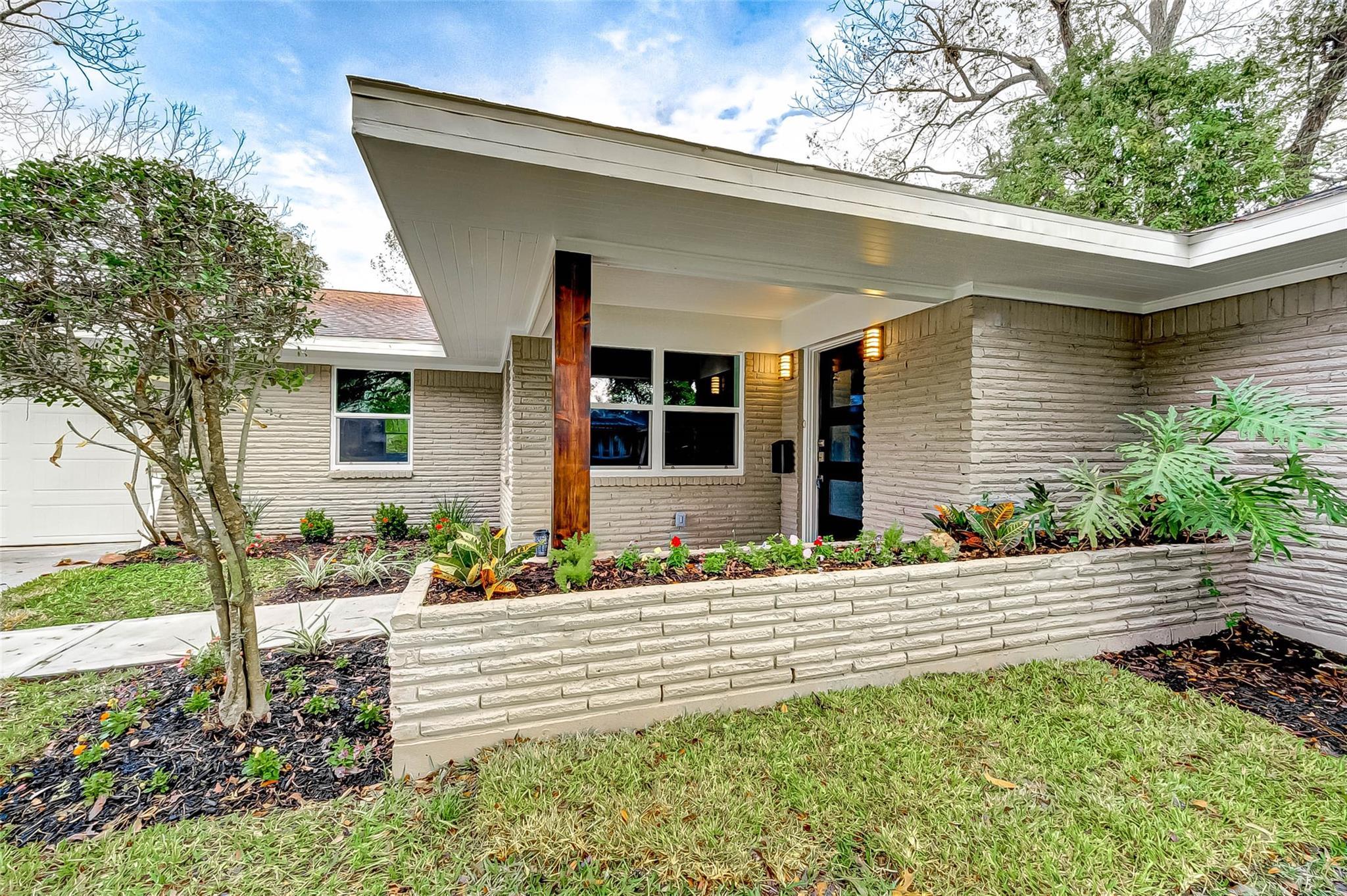 4806 Knickerbocker Street Property Photo - Houston, TX real estate listing