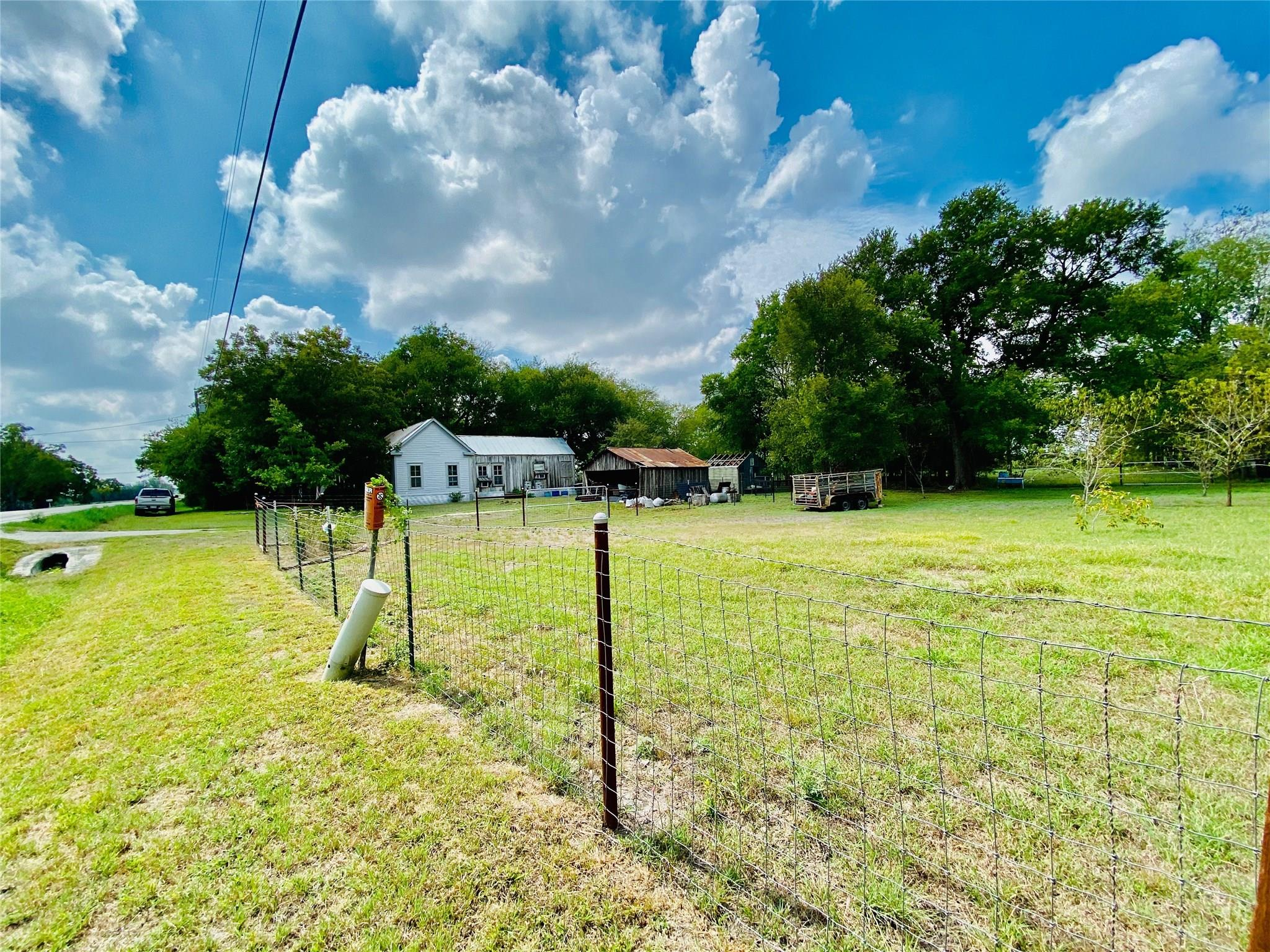 10278 Fm 621 Property Photo - Martindale, TX real estate listing