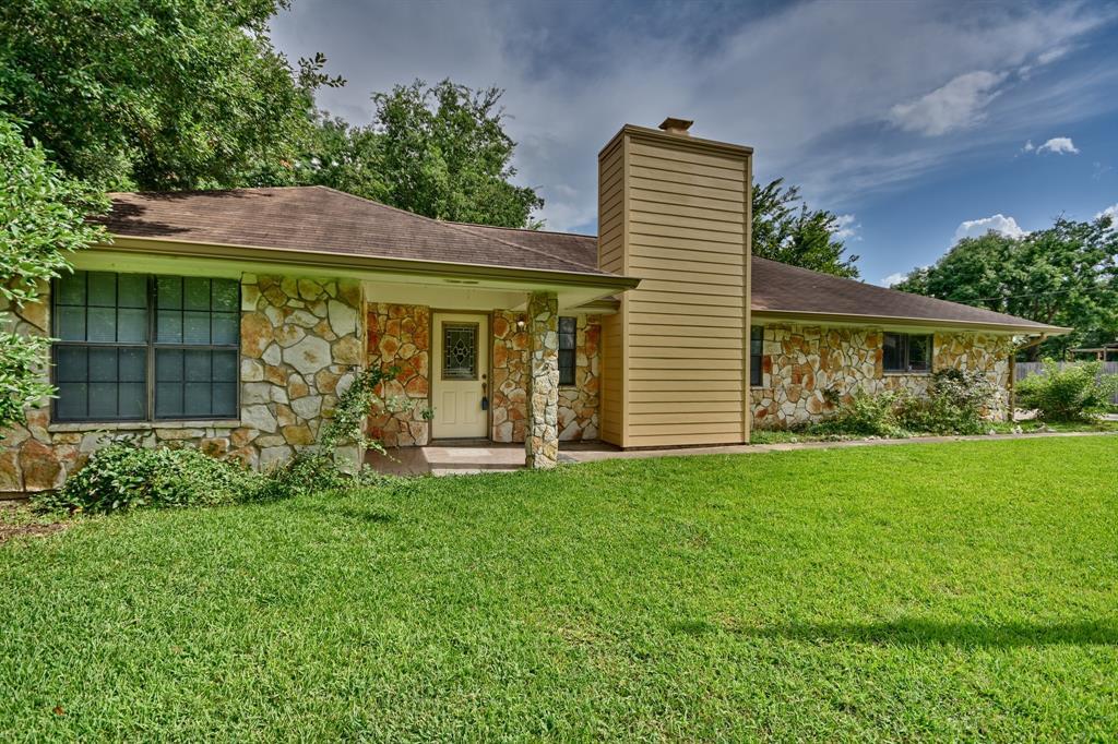 704 Gibbs Street, Navasota, TX 77868 - Navasota, TX real estate listing