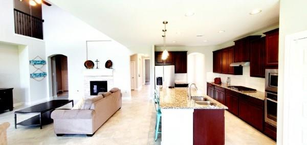 7407 Woodward Springs Drive, Pearland, TX 77584 - Pearland, TX real estate listing