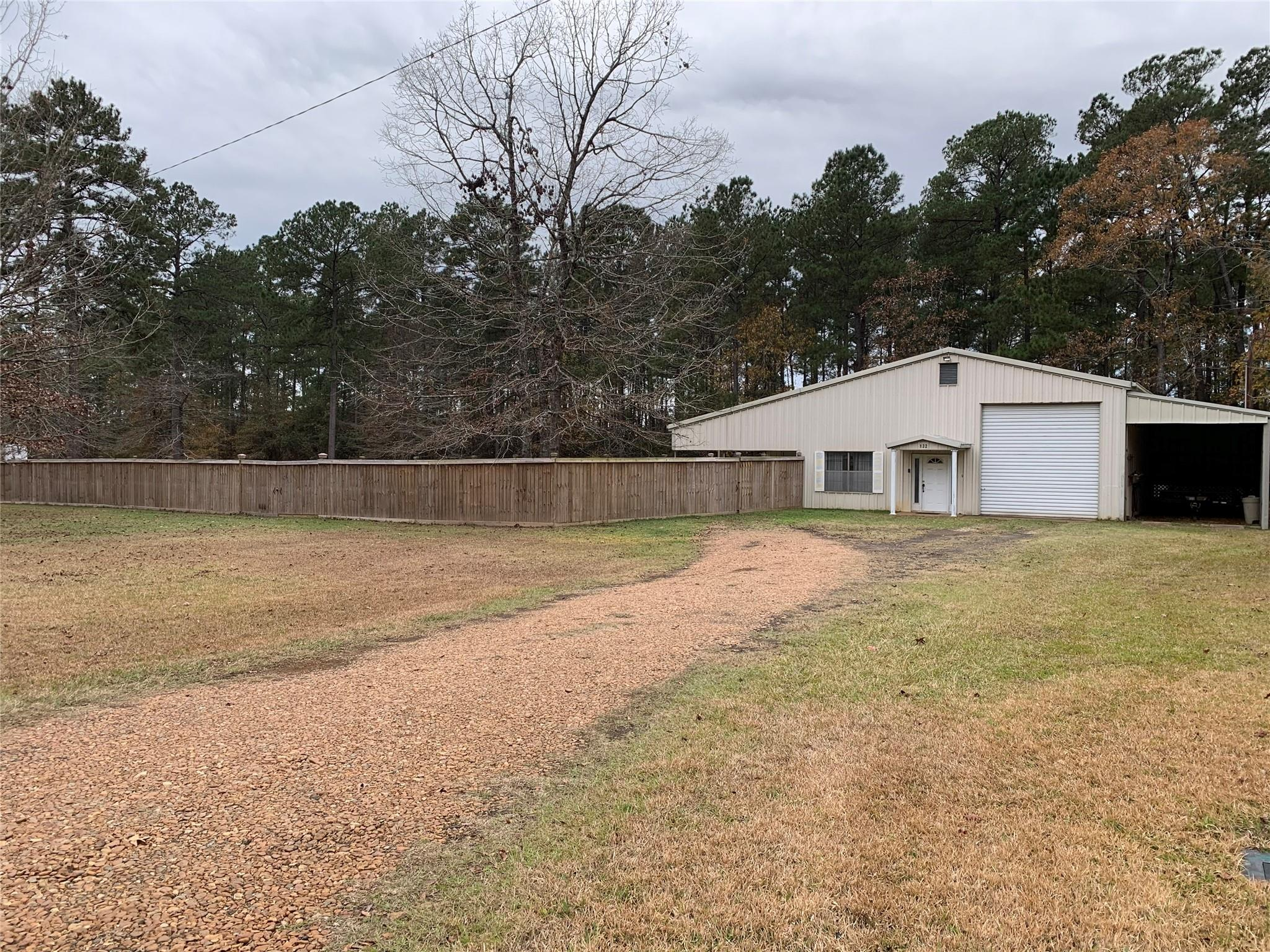 132 Maybelle Loop Property Photo - Pineland, TX real estate listing