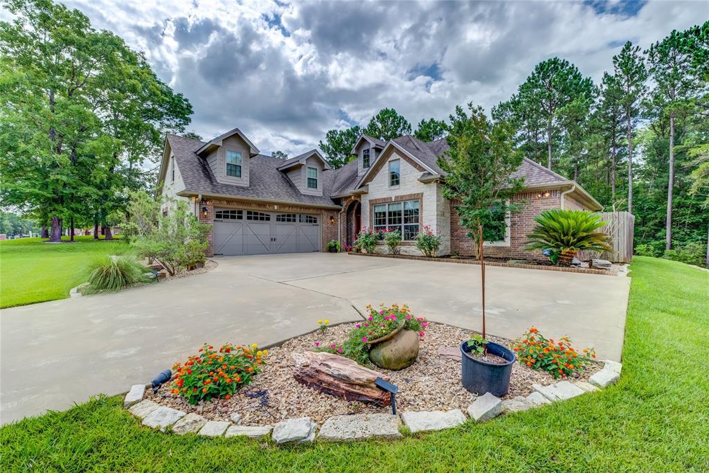 305 Hunters Glen Drive, Hudson, TX 75904 - Hudson, TX real estate listing