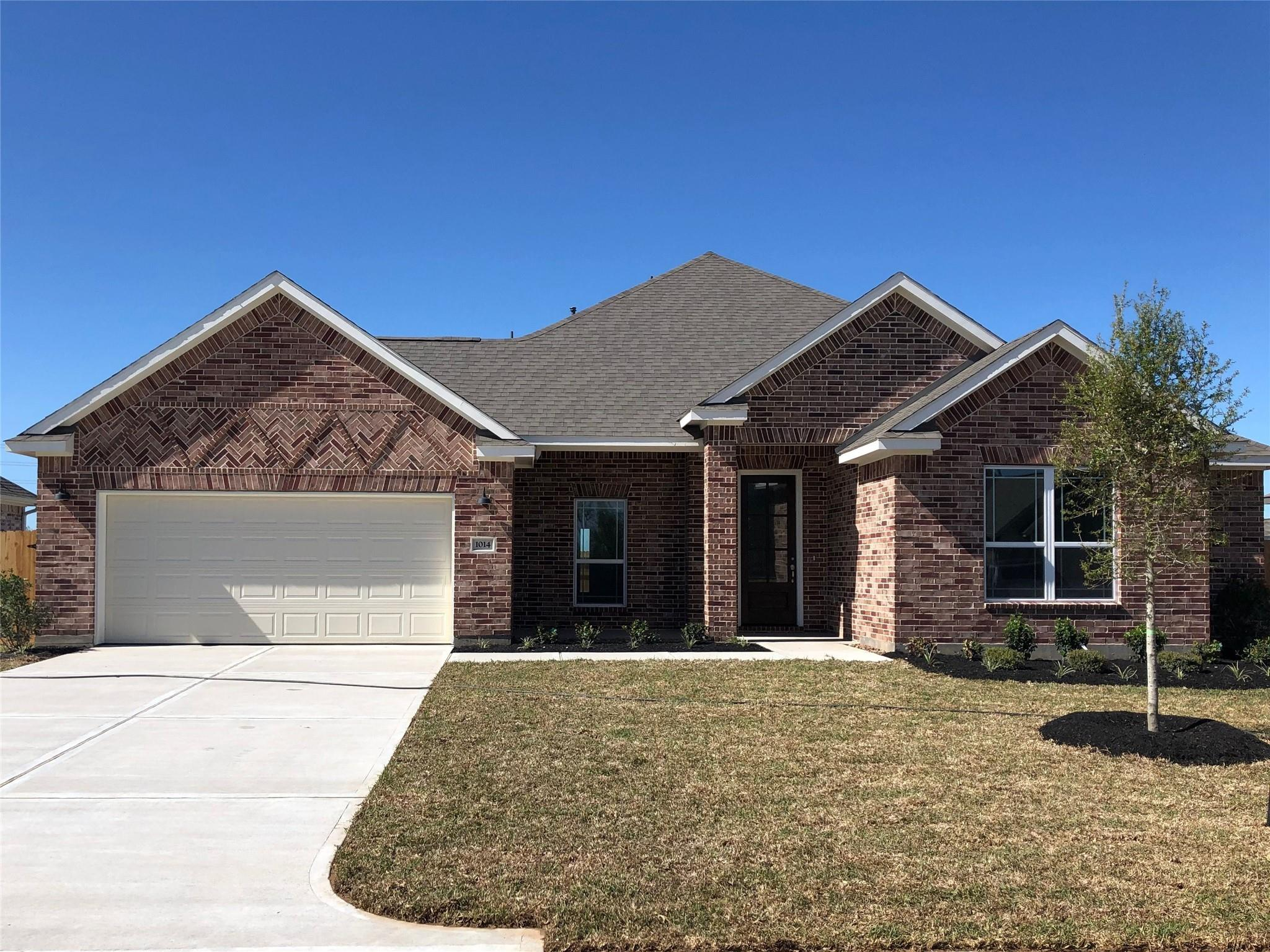1014 Bernard Meadows Drive Property Photo - East Bernard, TX real estate listing