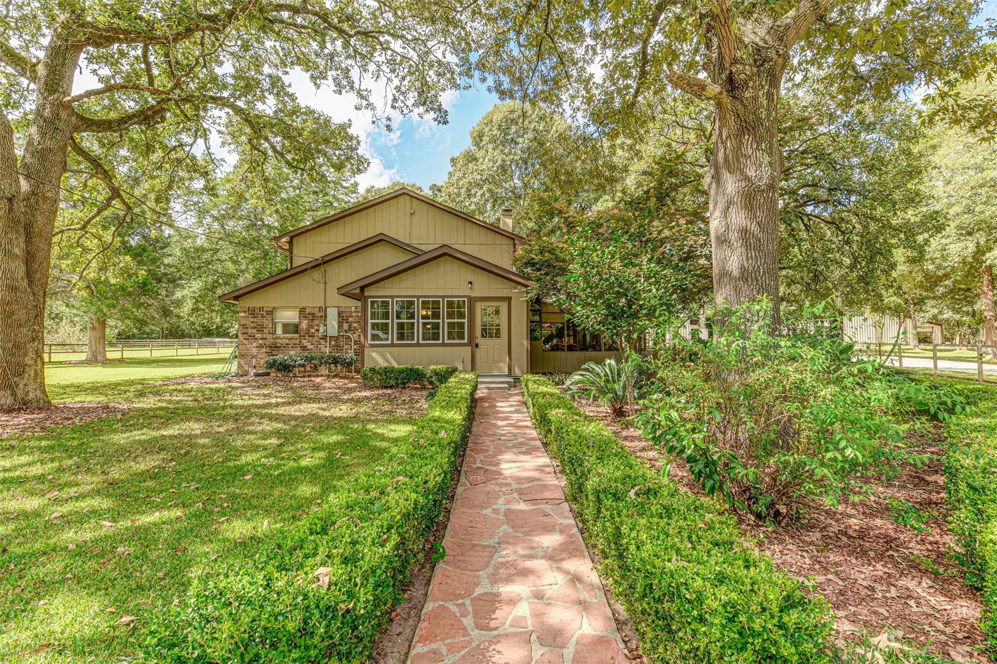 16170 Cedar Lane Loop Property Photo
