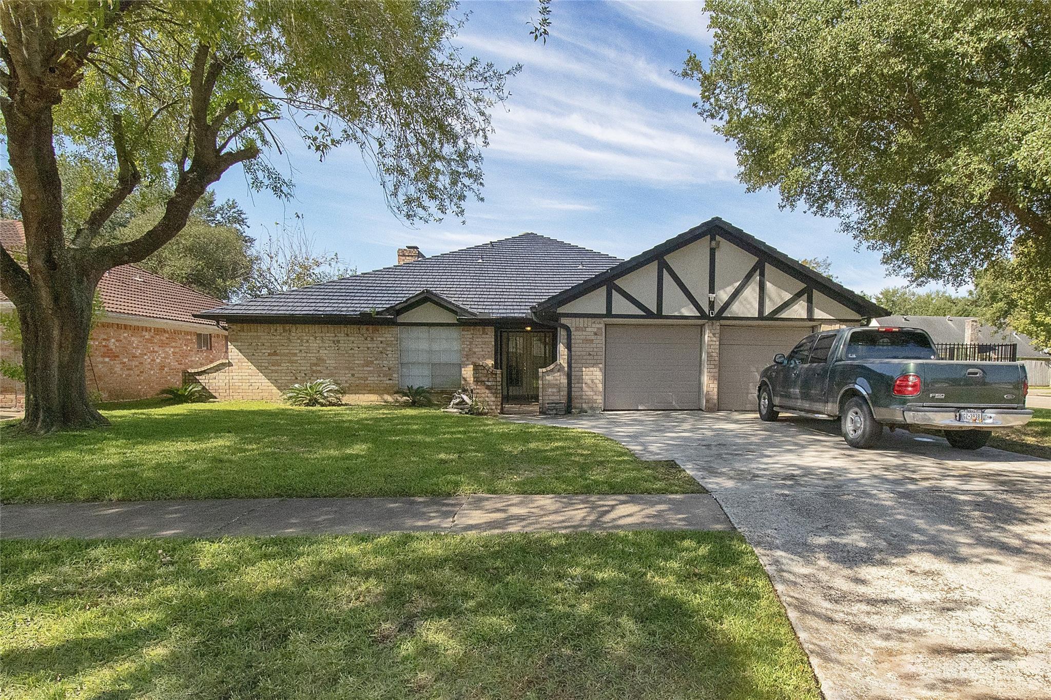 4402 Ponca Street Property Photo - Pasadena, TX real estate listing