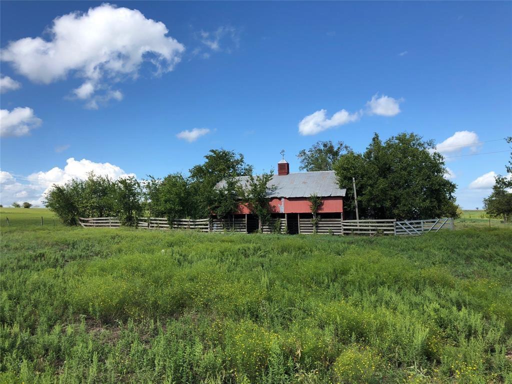 4257 Blezinger Road Property Photo - New Ulm, TX real estate listing