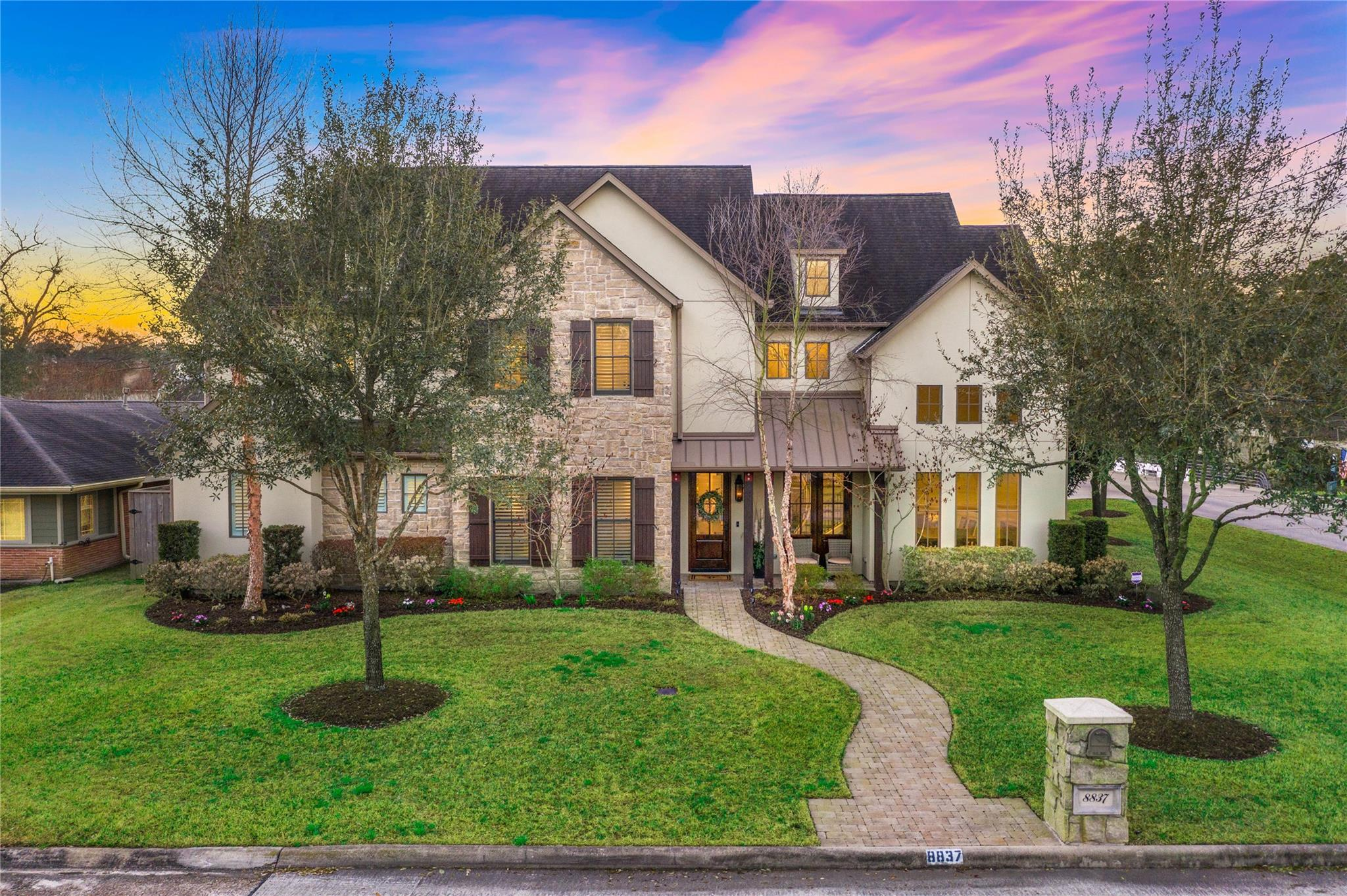 8837 Croes Drive Property Photo - Spring Valley Village, TX real estate listing