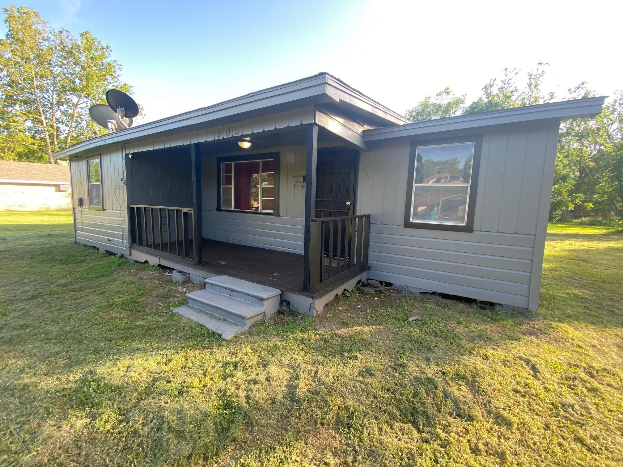 405 N San Jacinto Street Property Photo