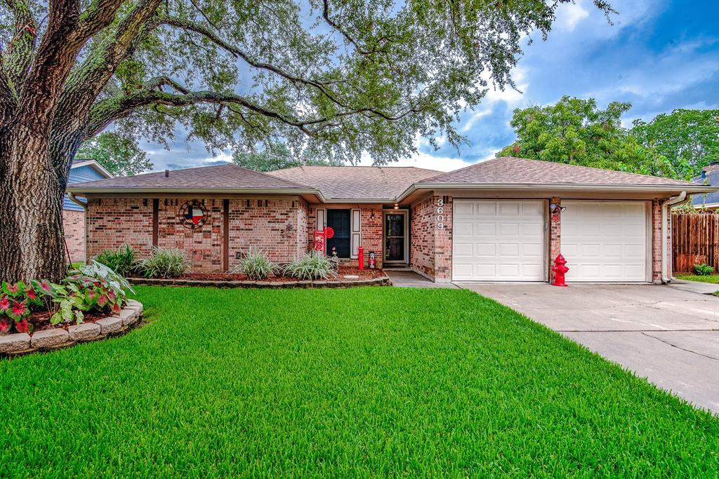 3609 Downing Circle Property Photo - Deer Park, TX real estate listing