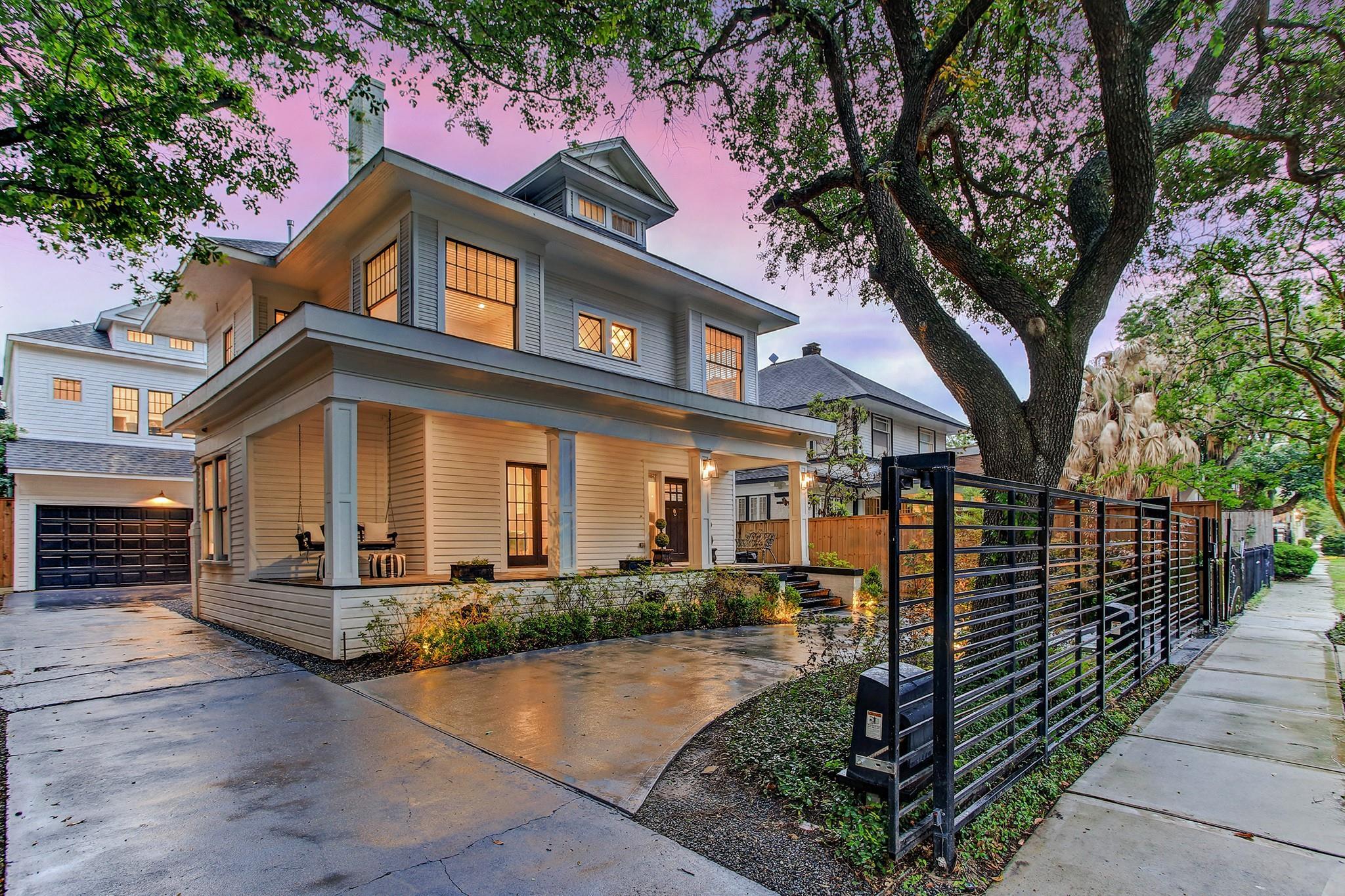 204 Stratford Street Property Photo