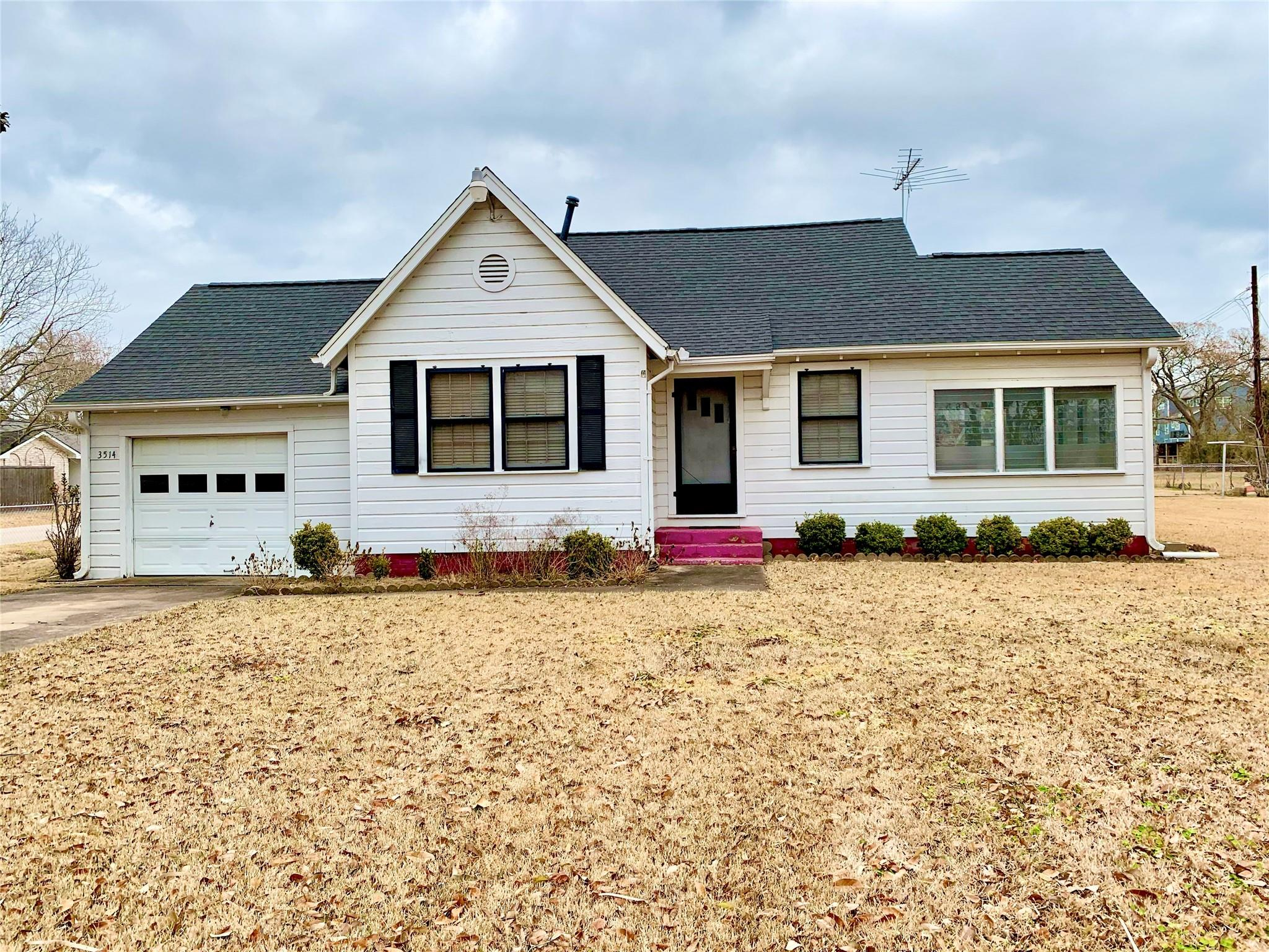 3514 Todville Road Property Photo