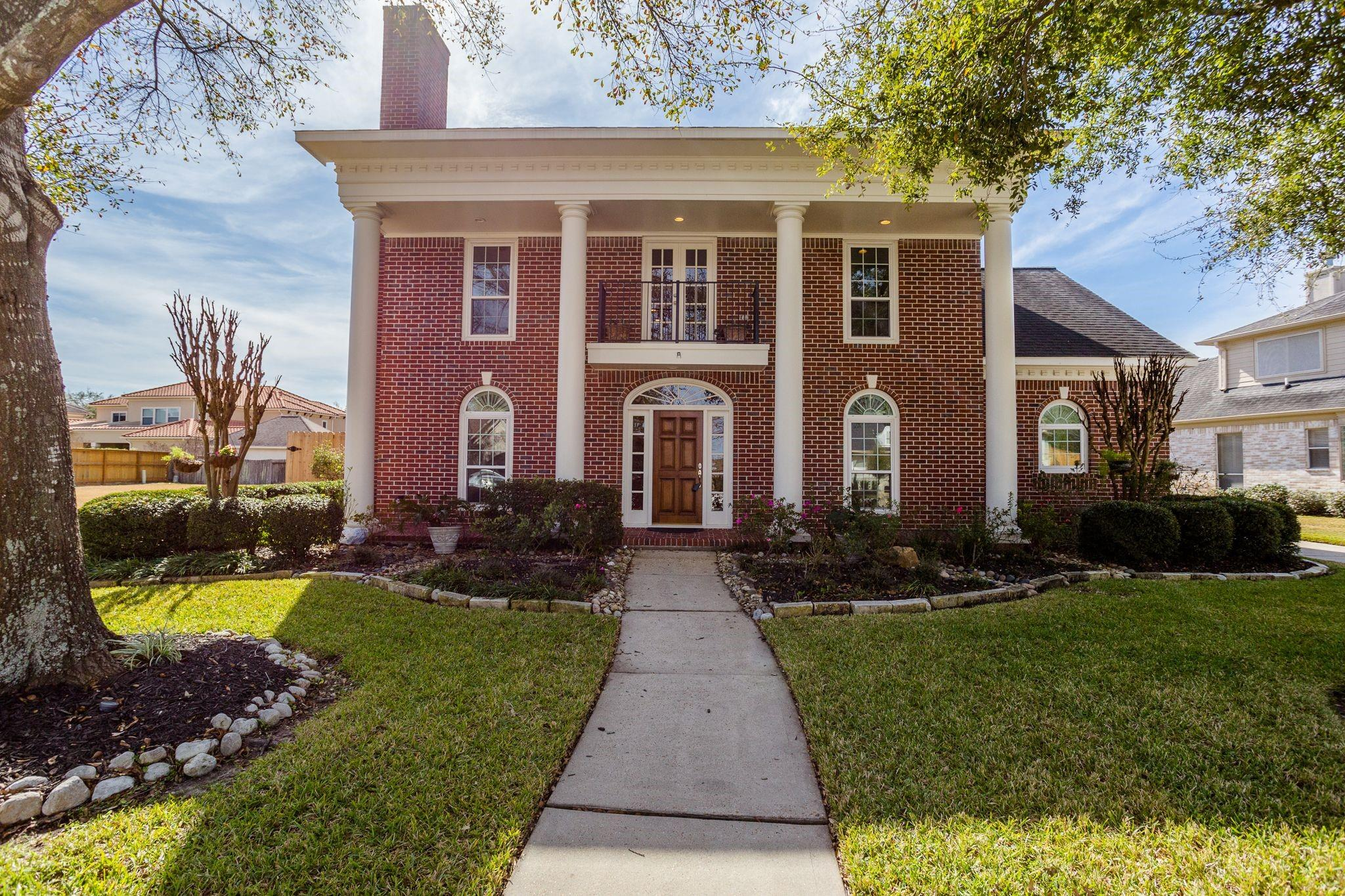 8613 Wyndham Village Drive Property Photo - Jersey Village, TX real estate listing