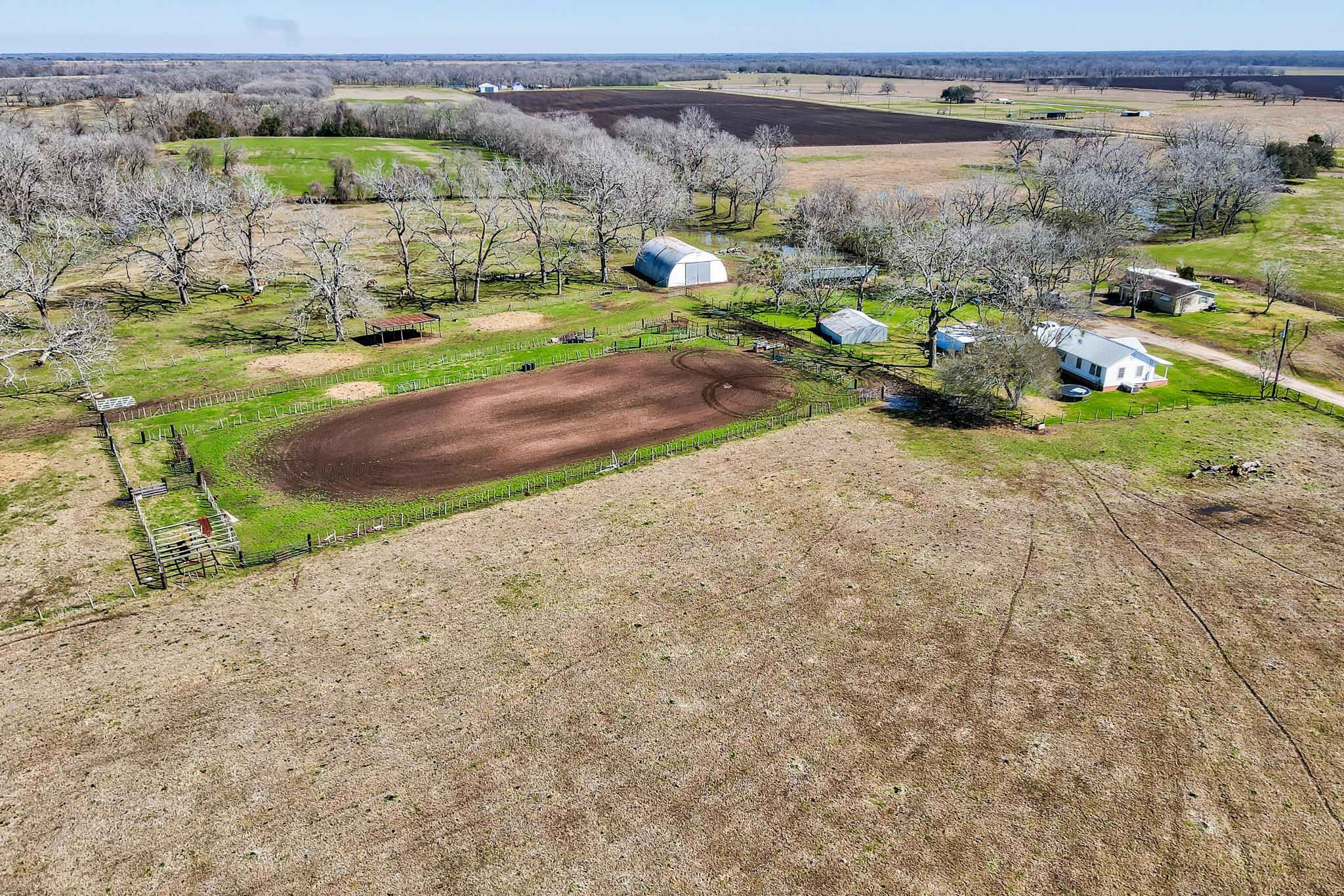 2316 County Road 117 Property Photo - Wharton, TX real estate listing