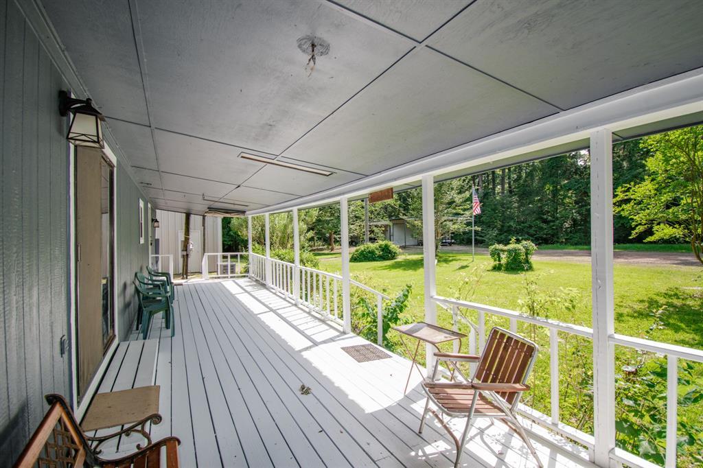 397 CR 4800 Property Photo - Broaddus, TX real estate listing